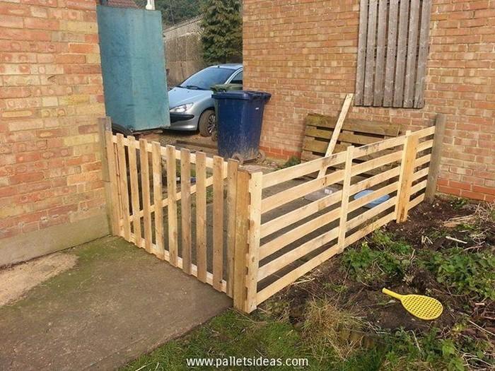 DIY Pallet Fence