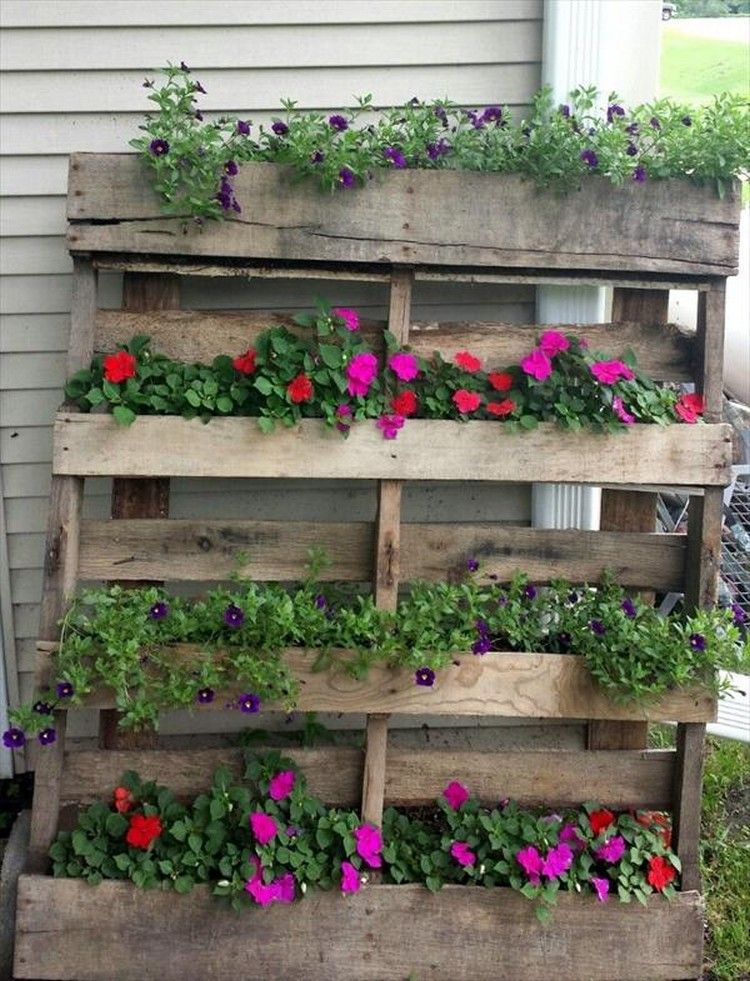 Recycled Pallet Wood Planters | Pallet Wood Projects
