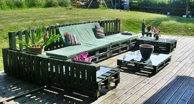Pallet wood outdoor furniture plans pallet wood projects for How to make furniture out of wood pallets