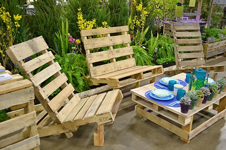 Pallet wood outdoor furniture plans pallet wood projects - Salon de jardin en palettes ...