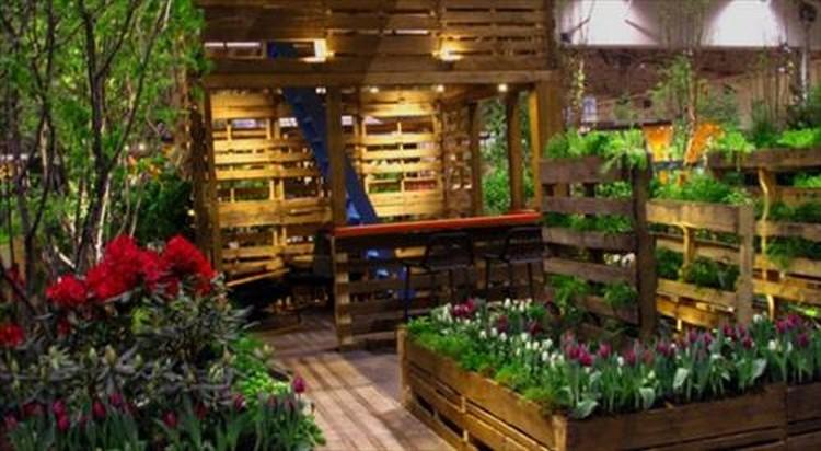 Pallet Planter in Canada