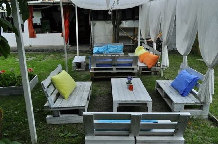 Pallet wood outdoor furniture plans pallet wood projects for Amenagement jardin diy