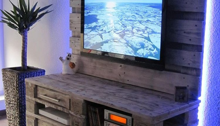 Pallet Wood TV Stand with Storage