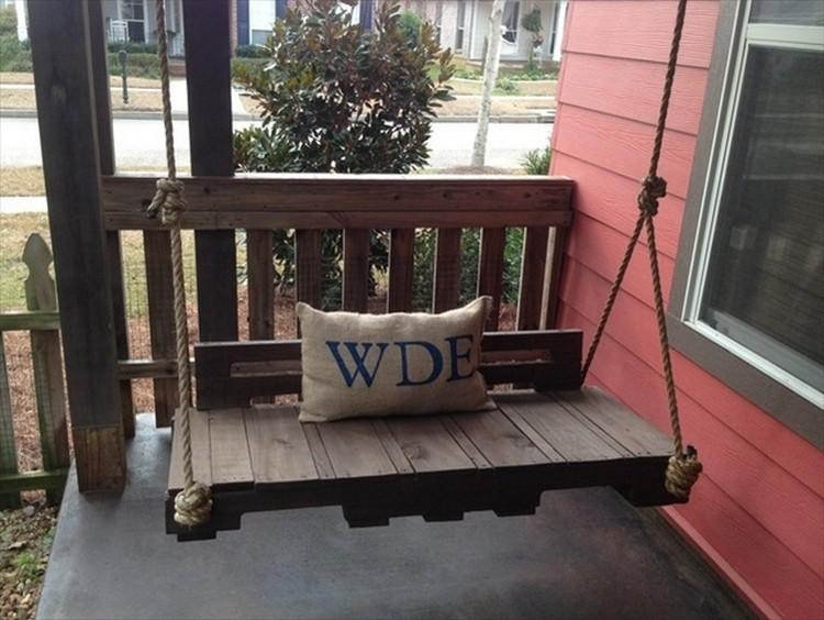 Pallet Wooden Swing