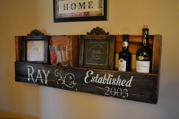 Recycled Pallet Shelf with Wall Decor