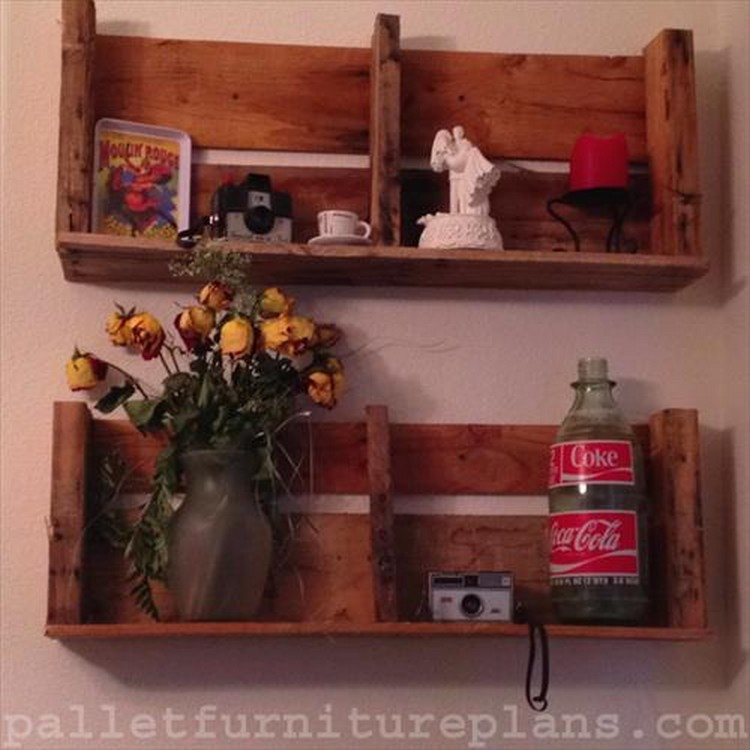 Recycled Pallet Shelves with Wall Decor