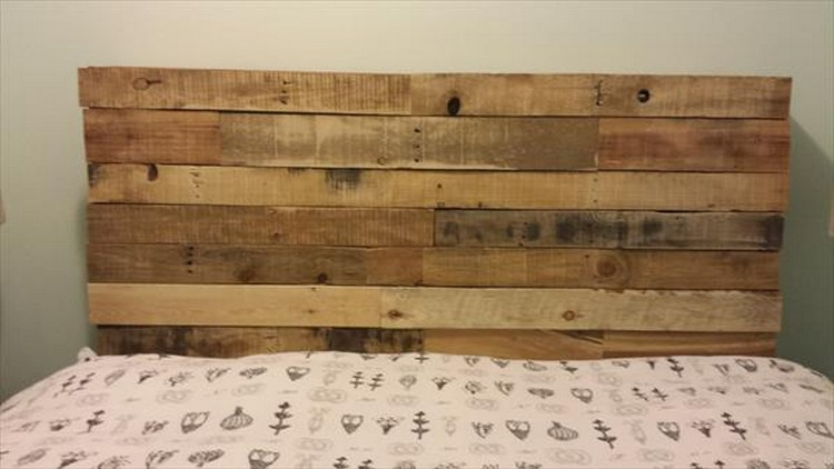 Rustic Pallet Wood Headboard