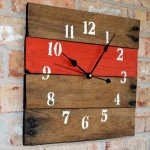Upcycled Pallet Wall Clock