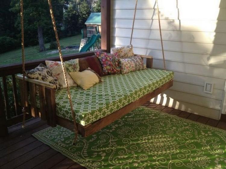 Wood Pallet Swing Bed