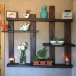 Wooden Pallet Shelf with Wall Decor