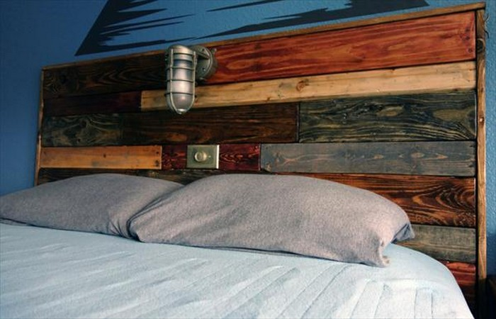 DIY Pallet Headboard with Lights