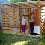 DIY Pallet Kids Playhouse