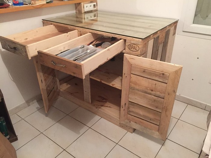 Kitchen cabinets made from pallets pallet wood projects for How to make a pallet kitchen table