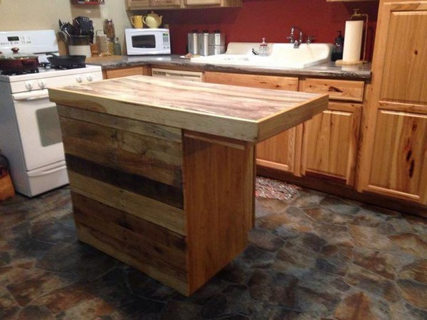 Recycled pallet kitchen island table ideas pallet wood projects - Kitchen island table ideas ...