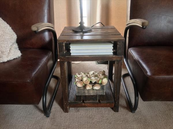 DIY Wooden Pallet End Table