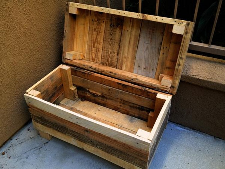DIY Pallet Chest Pallet Small Chest Pallet Chest Idea Pallet Storage ... & Wooden Pallet Storage Chests | Pallet Wood Projects