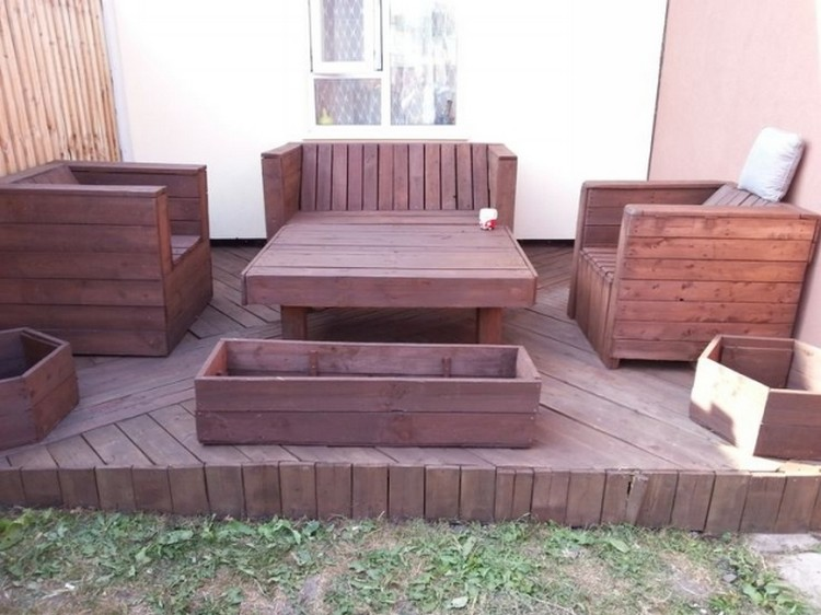 DIY Pallet Patio Decks with Furniture | Pallet Wood Projects