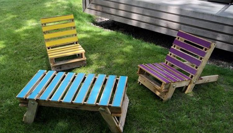 Pallet Folding Lounge Chairs