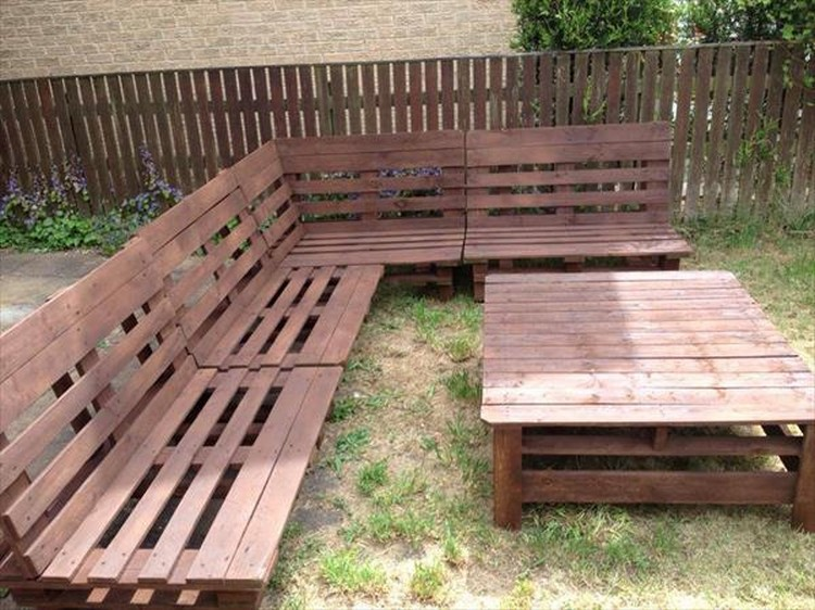 White Pallet Garden Furniture Pallet Patio Furniture Set Pallet Garden Sofa. DIY Pallet Garden Furniture Plans   Pallet Wood Projects