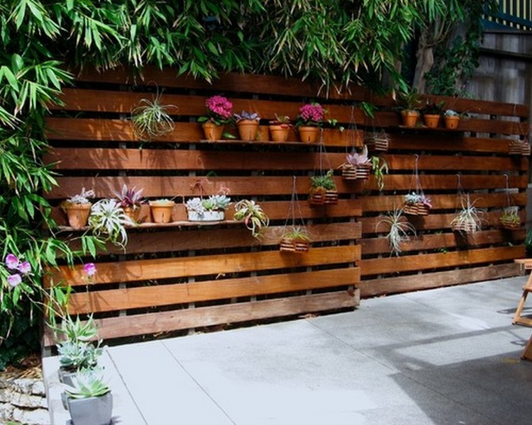DIY Modern Wooden Pallet Fences Wood Projects
