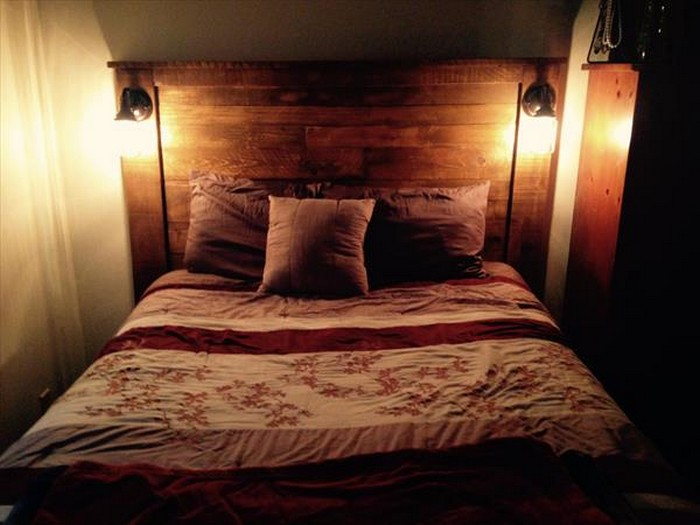 Rustic Pallet Headboard with Lights
