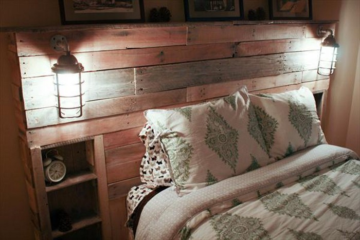 Diy Pallet Headboard With Lights Pallet Wood Projects