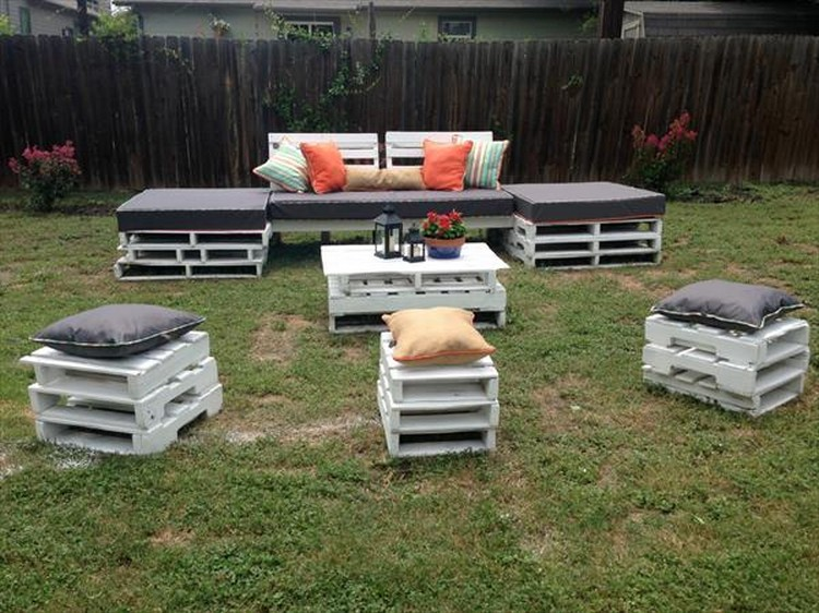 White Pallet Garden Furniture ...