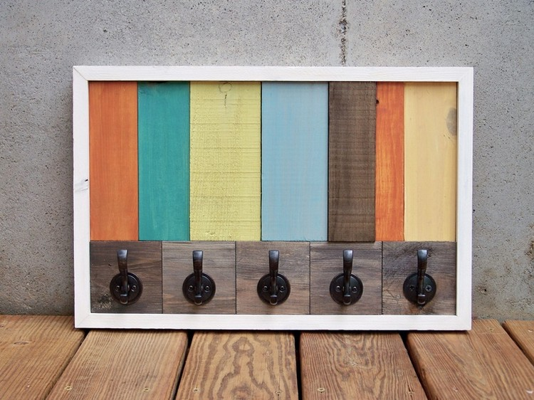 Cute Pallet Coat Rack