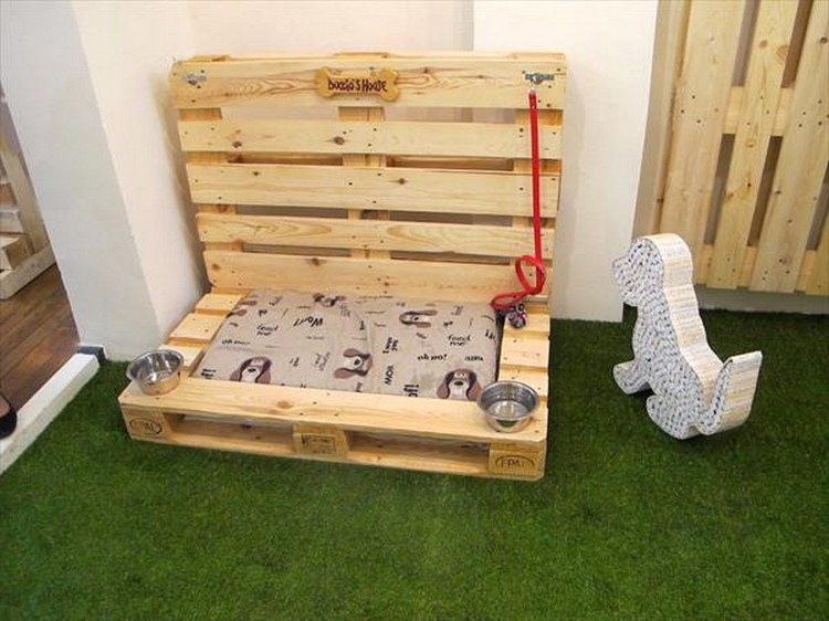 Decorate your home with pallets pallet wood projects for Decorate your home