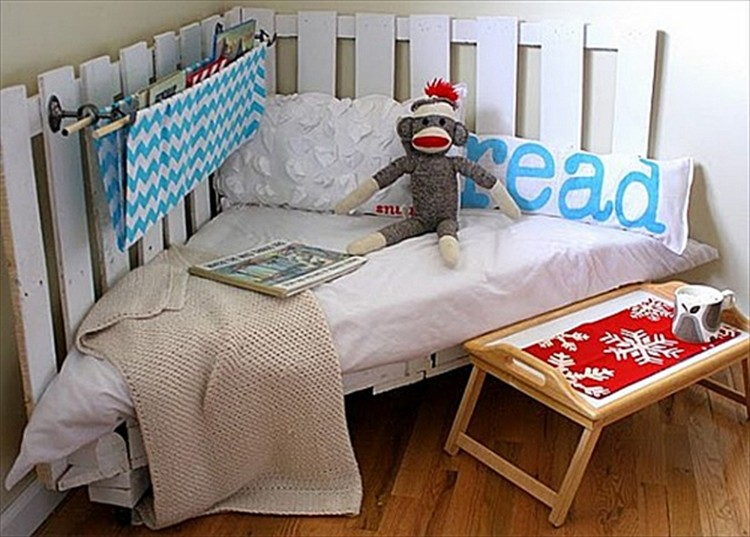 Toddlers Beds Made From Wooden Pallets