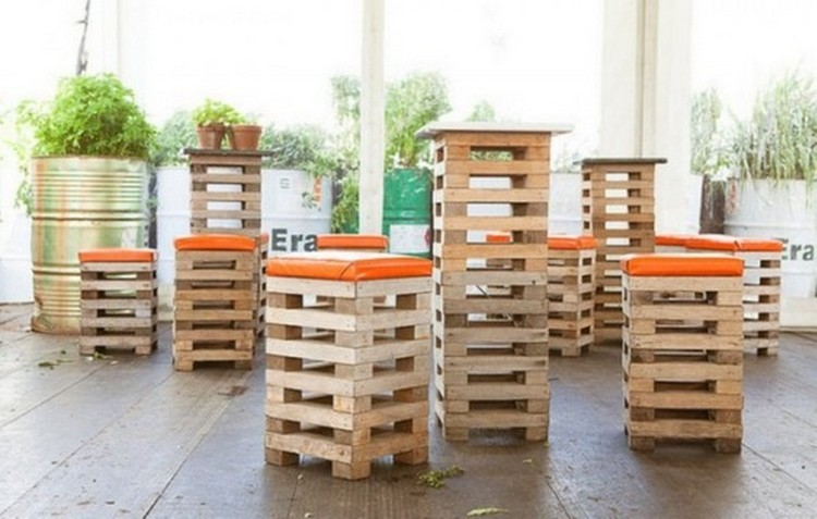 & Pallet Bar Stools | Pallet Wood Projects islam-shia.org