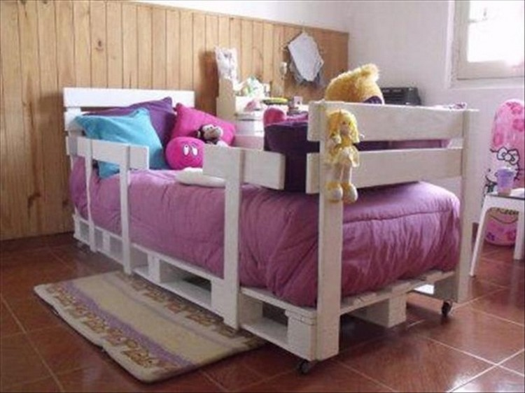 Pallet Bed for Kids