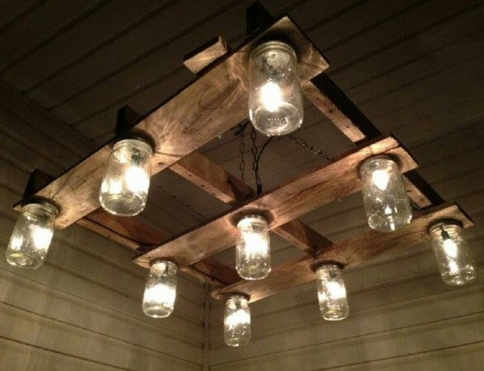 Chandeliers Made Out of Pallets : Pallet Wood Projects