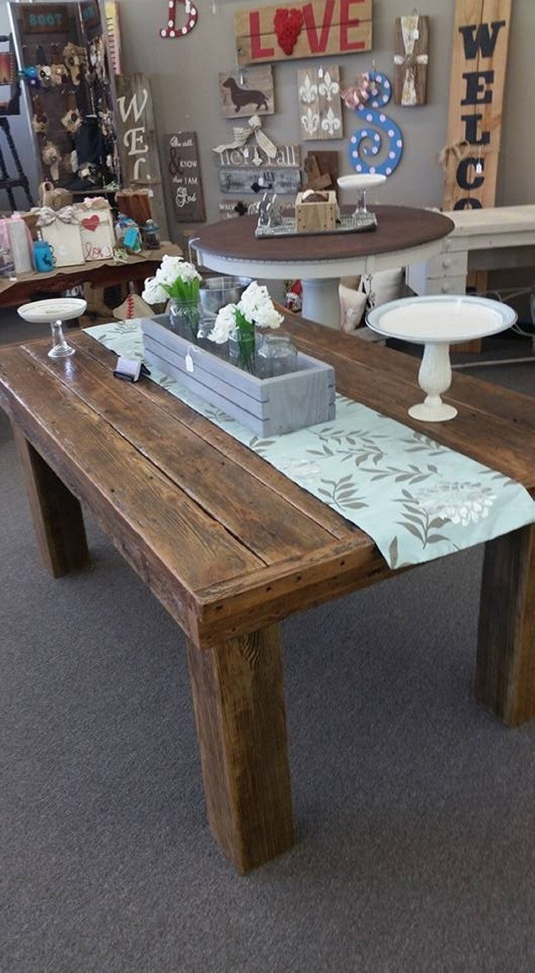 Pallet Coffee Table Idea