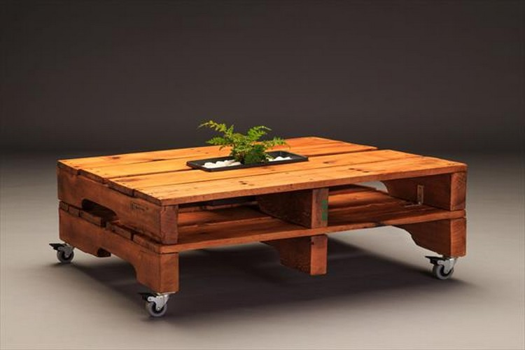 Pallet Coffee Table with Wheels