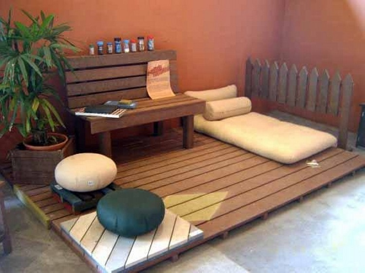 Pallet Deck with Furniture
