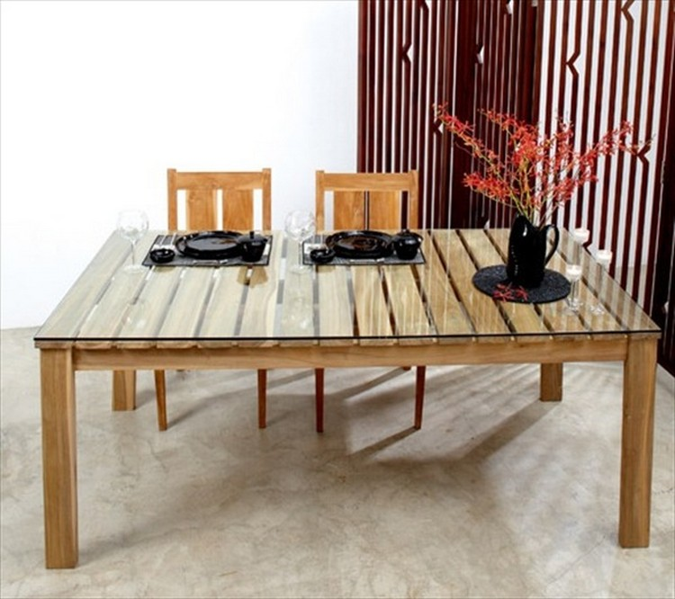 Pallet Dining Table Projects