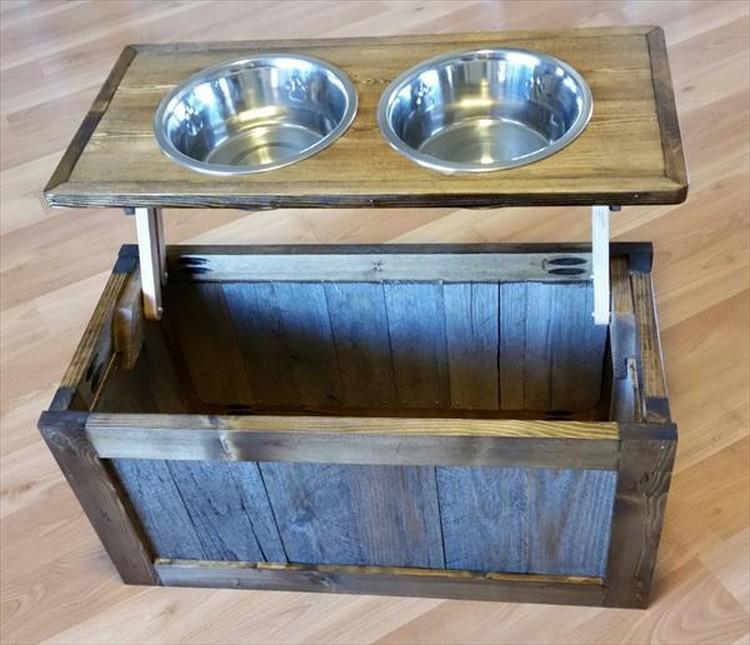 Pallet Dog Feeder with Storage