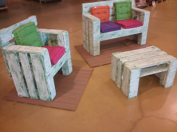 Frozen Inspired Princess Castle Bed 2125 P as well Pallet Projects Ideas For Kids also Bunk Bed Plans further Pdf Woodwork Bunk Bed Plans 2x4 Download Diy Plans 2 further Build Your Own Bunk Bed With Stairs. on playhouse plans and blueprints for beds