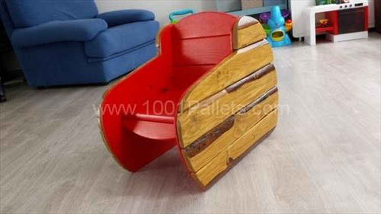 Pallet Kids Chair