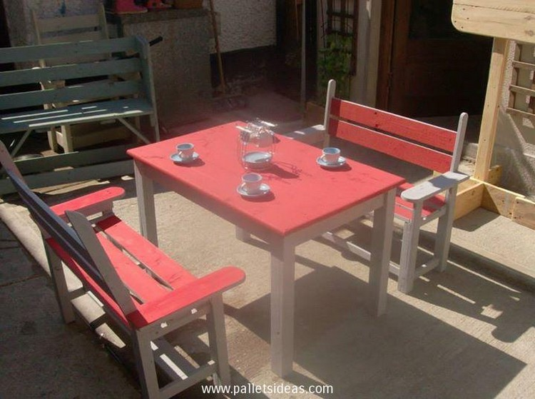 Pallet Restaurant  Furniture Ideas