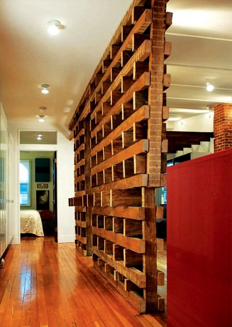 Diy pallet room divider ideas pallet wood projects - Biombos de madera ...