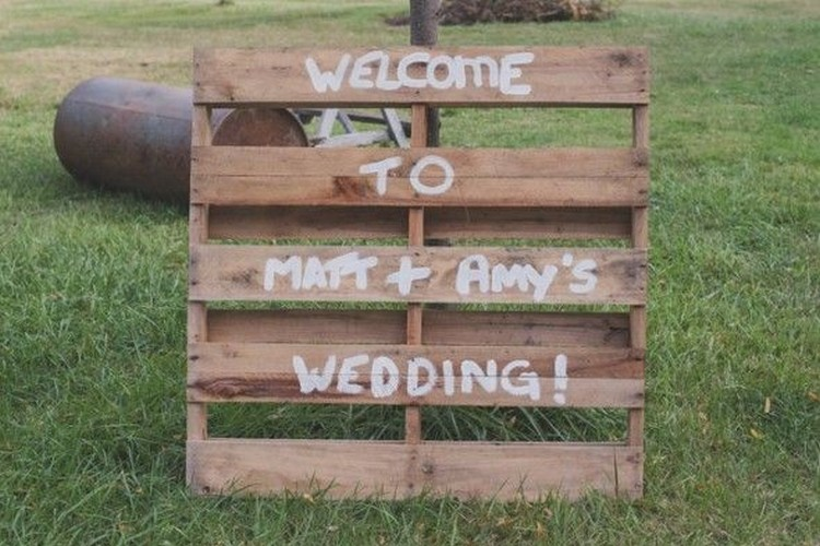 Pallet Sign Board for Wedding