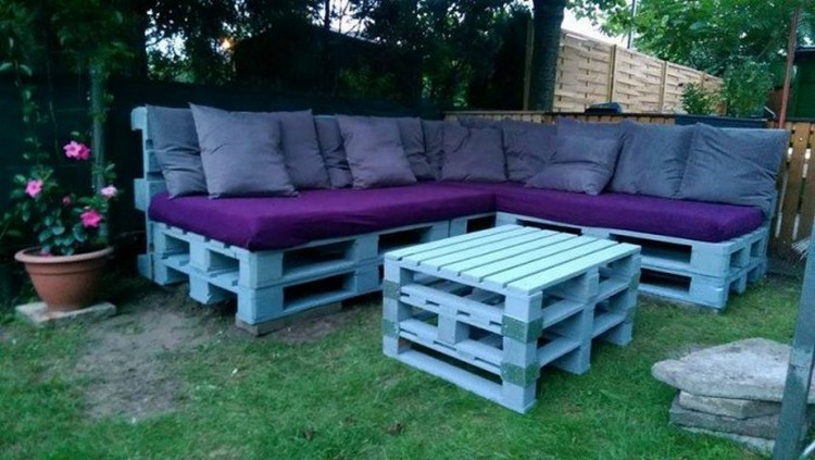 Outdoor Furniture from Pallet Wood | Pallet Wood Projects
