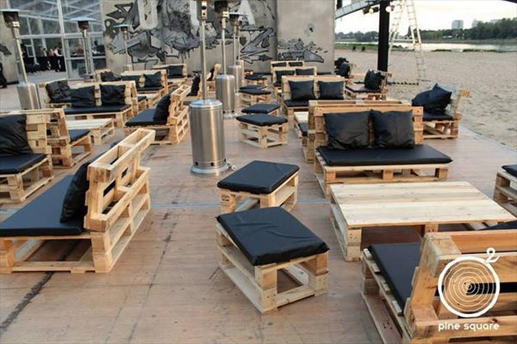 Pallet Made Restaurant Furniture Wood Projects