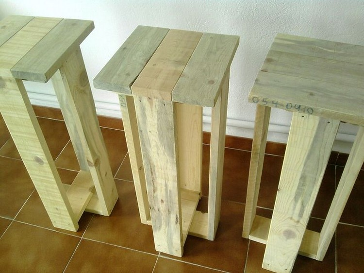 Wooden Pallet Stool Plans : Pallet Wood Projects