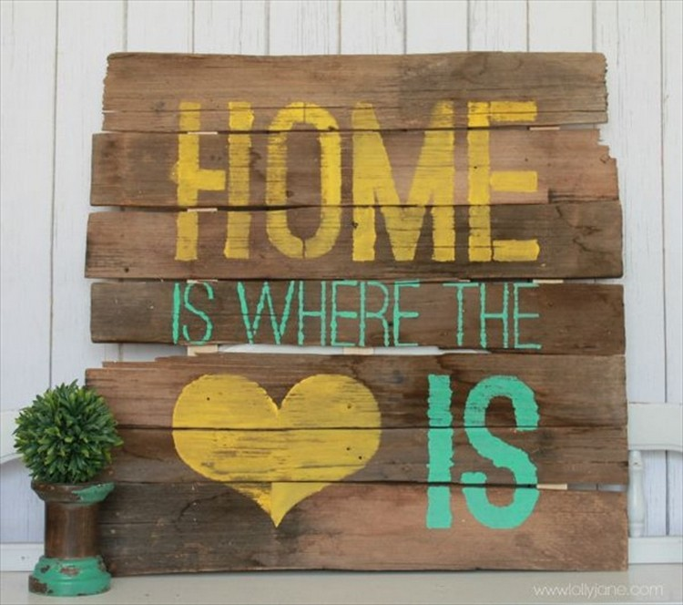Wooden Pallet Home Decor