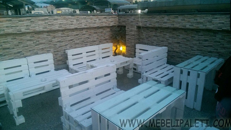 Wooden Pallet Restaurant Furniture