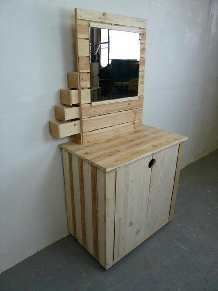 wooden pallet dressers with drawers pallet wood projects. Black Bedroom Furniture Sets. Home Design Ideas