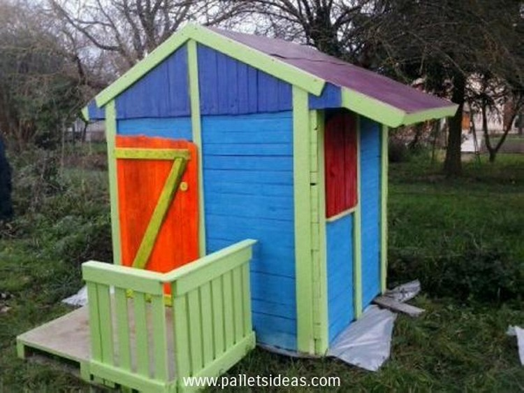 Kids Pallet House